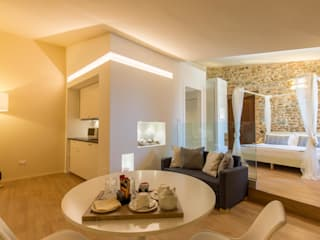 Hotels by Laura Marini Architetto, Modern
