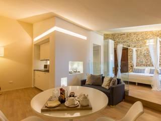 Hoteles de estilo moderno de Laura Marini Architetto Moderno