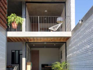 Apaloosa Estudio de Arquitectura y Diseño의  주택, 인더스트리얼