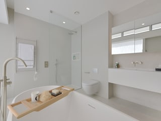 Show home Bathroom Graham D Holland Baños de estilo moderno