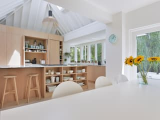 Kitchen Photography:  Built-in kitchens by Graham D Holland