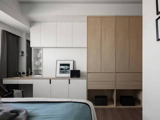 櫃體收納:  臥室 by 存果空間設計有限公司