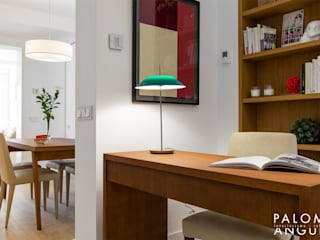 Modern Study Room and Home Office by Interiorismo Paloma Angulo Modern