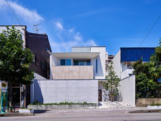 八幡の家 モダンな 家 の 梶浦博昭環境建築設計事務所 モダン