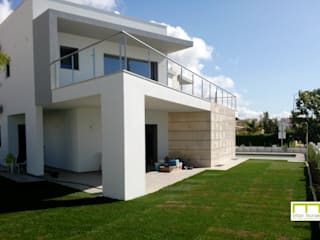 Moradia Balaia, Albufeira por VM_arquitetura