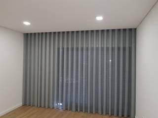 Cortinados Quartos modernos por Susana Vale interiores Moderno