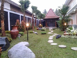 Jasa Tukang Taman Surabaya - Flamboyanasri: Ruang Komersial oleh Tukang Taman Surabaya - flamboyanasri,