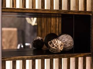 Luksusowy apartament w Warszawie - Saska Kępa Kolonialna łazienka od Viva Design - projektowanie wnętrz Kolonialny