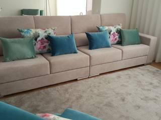 Apartamento de Praia na Póvoa de Varzim: Salas de estar  por Atelier Kátia Koelho