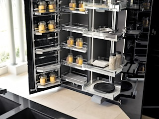KERLATA Kitchen by Maistri by ALP Home Modern