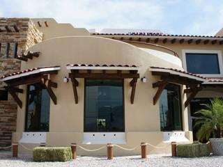 """Restaurante """"Carlitos"""": Casas de estilo  por VISION+ARQUITECTOS"""