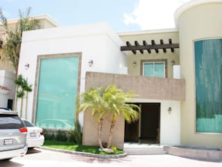 Residencia Zona Plateada: Casas de estilo  por VISION+ARQUITECTOS