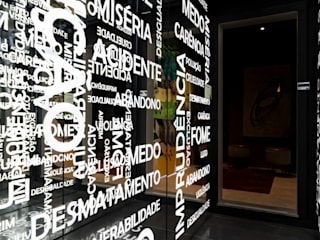 CASACOR 2017- Love Store Corredores, halls e escadas modernos por Juliana Damasio Arquitetura Moderno