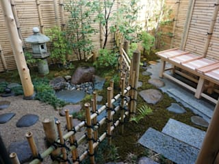 Jardines de estilo rústico de 庭良/高橋良仁庭苑設計室 Rústico