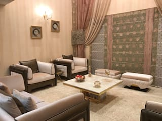 Luxury Has A New Address:  Living room by Crosscurrents interiors private limited