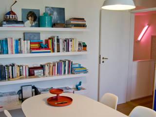 Oficinas de estilo  por Tangerinas e Pêssegos - Design de Interiores & Decoração no Porto, Ecléctico