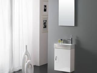 Minimalist style bathrooms by FALEGNAMERIA ADRIATICA S.r.l. Minimalist