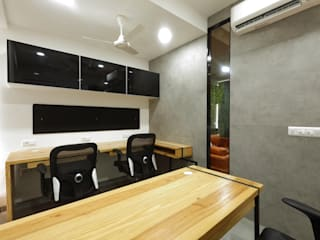 Wood and Craft Pvt. Ltd.:  Office buildings by malvigajjar,Modern