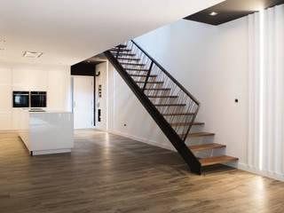 Residencial 2 Salones de estilo moderno de Sambori Design Moderno
