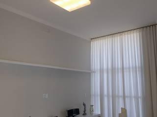 Living - Residência em Paulínia/SP por Studio4Interiores