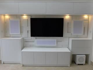 Bespoke TV, Hi Fi, AV, Home Entertainment and Media Units Style Within Multimedia-RaumMöbel MDF Weiß