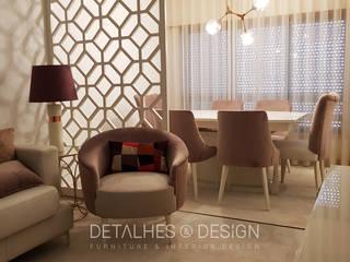 Projeto e Design de Interiores Sala Jantar e Estar:   por Detalhes & Design