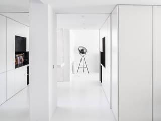: Cocinas integrales de estilo  de CRÜ studio