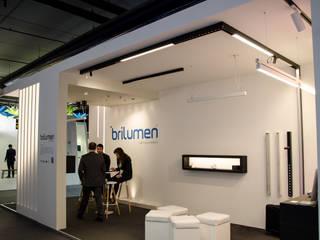 Salones para eventos de estilo  por Brilumen
