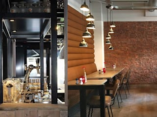 Triple B restaurant: Bar + lounge:  Gastronomie door Sooph Interieurarchitectuur