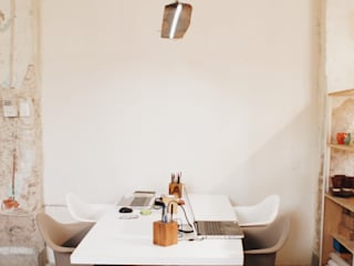 Escaleno | Taller de Diseño: Oficinas y tiendas de estilo  por Escaleno Taller de Diseño