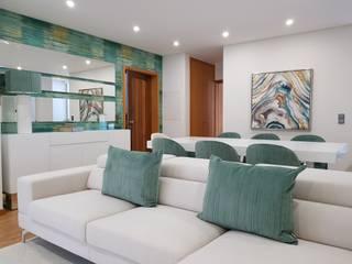 Moradia em Viana do Castelo: Salas de estar  por Atelier Kátia Koelho,Moderno