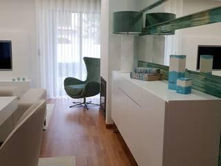 Moradia em Viana do Castelo: Salas de jantar  por Atelier Kátia Koelho,Moderno
