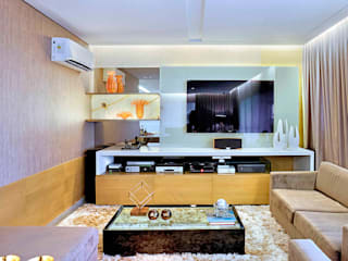 Apartamento contemporâneo de luxo em Fortaleza: Salas de estar  por RI Arquitetura