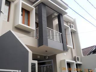 Perspektif Tampak Depan:  Rumah tinggal  by Amirul Design & Build