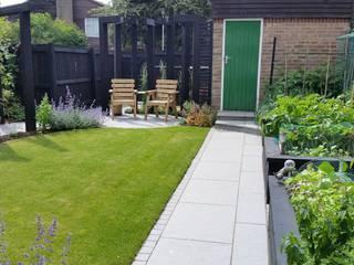 Garden Design Bracknell, Berkshire Linsey Evans Garden Design Jardines de estilo moderno