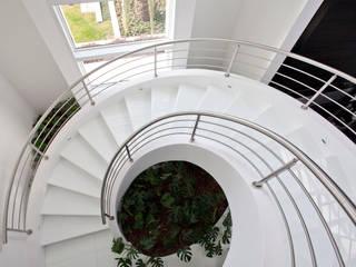 by Works Escadas Modern