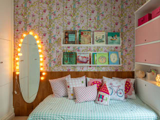 Girls Bedroom by Raquel Junqueira Arquitetura, Modern