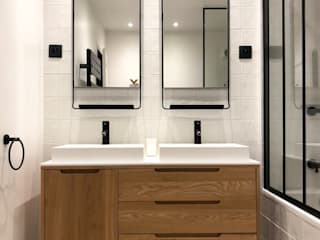 Modern style bathrooms by Thomas JENNY Modern