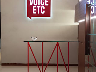 Voice ETC Office Interior:  Commercial Spaces by Architects at Work