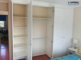 Closets Vivienda Olmos de Servicios Mobiliarios LeMöbel SpA Clásico