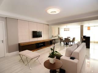 Apartamento FP: Salas de estar  por Kaza Estúdio de Arquitetura,Moderno