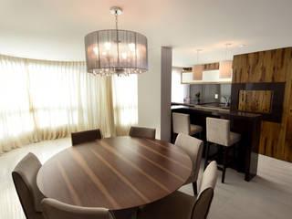 Apartamento FP: Salas de jantar  por Kaza Estúdio de Arquitetura,Moderno