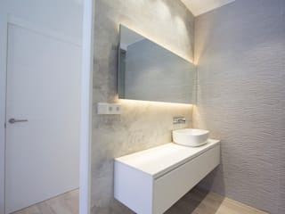 Modern bathroom by Bocetto Interiorismo y Construcción Modern