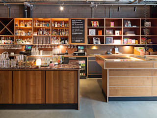 Bar & Klub  by Fraher Architects Ltd