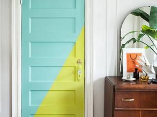 صور وديكورات وأفكار للأبواب هتغير بيها شكل بيتك وهيكون أحلي وأحلي مع كاسل:  أبواب خشبية تنفيذ كاسل للإستشارات الهندسية وأعمال الديكور في القاهرة, ريفي