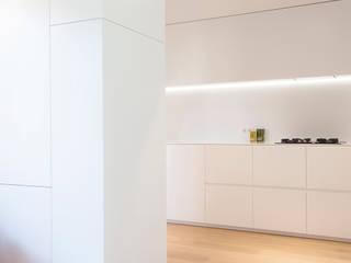 PROJECT ED, ZWOLLE:  Inbouwkeukens door Studio Doccia
