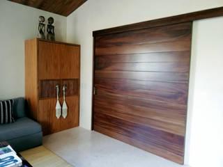 Punta de Mita :  de estilo  por Carpintería Studio