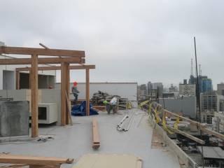 TECHO SOL Y SOMBRA - EDIFICIO ESSENZA de ROAN arquitectura & madera Moderno