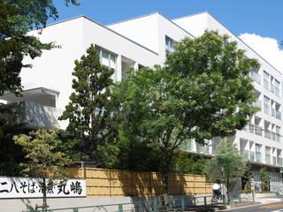杉並の集合住宅 モダンな 家 の 株式会社YDS建築研究所 モダン