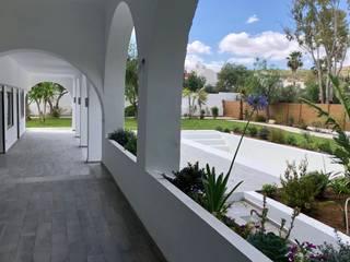 B.A-Studio Mediterranean style pool